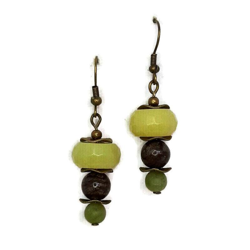 A nyugalom szigete: olív jáde-barna obszidián-bovenit ásvány fülbevaló