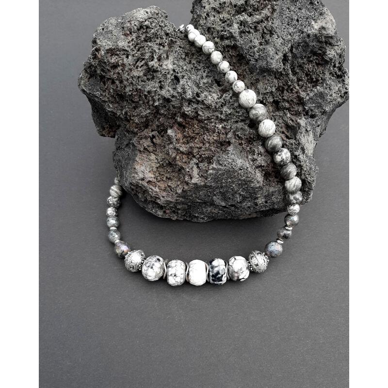Rövid ásvány nyaklánc: Onix-Lárvikit-Jáspis