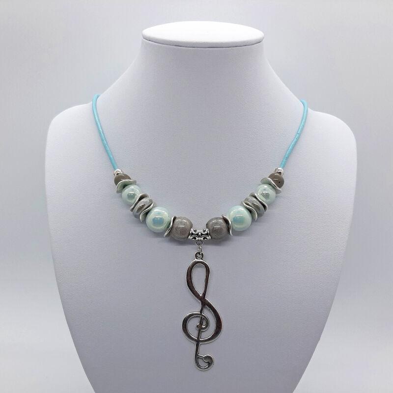 Rövid nyakláncok, amik kiemelik a szépséged: világos türkiz