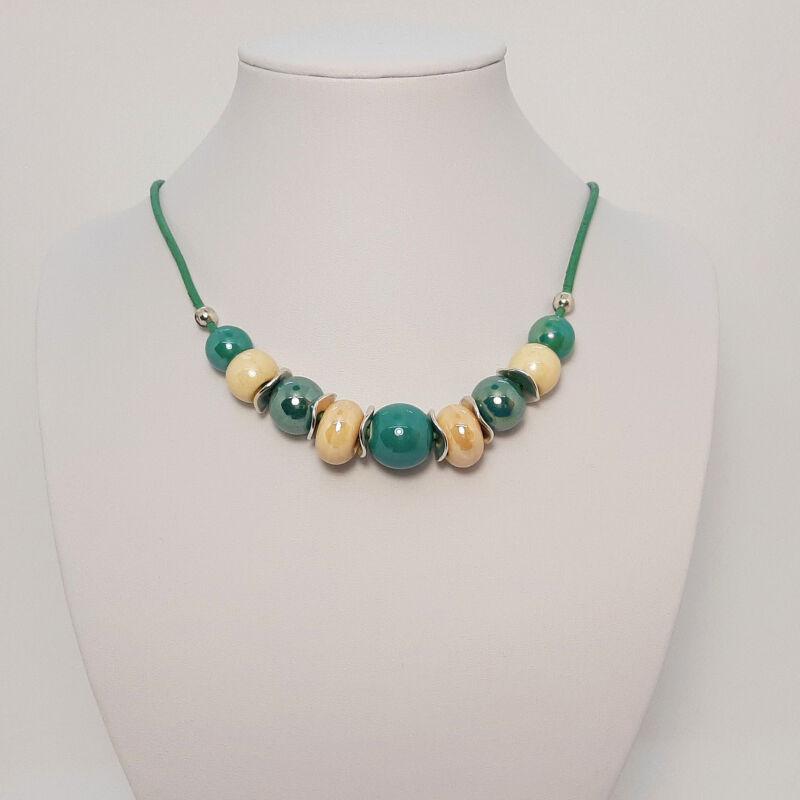 Rövid nyakláncok, amik kiemelik a szépséged: türkiz zöld