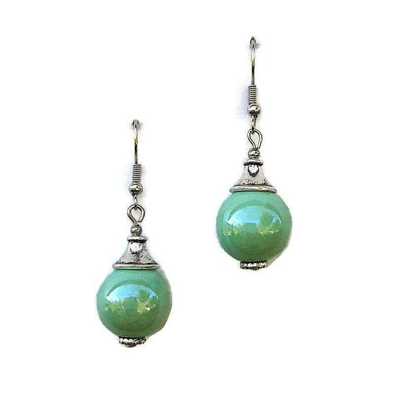 Világos türkiz zöld gömb kerámia fülbevaló