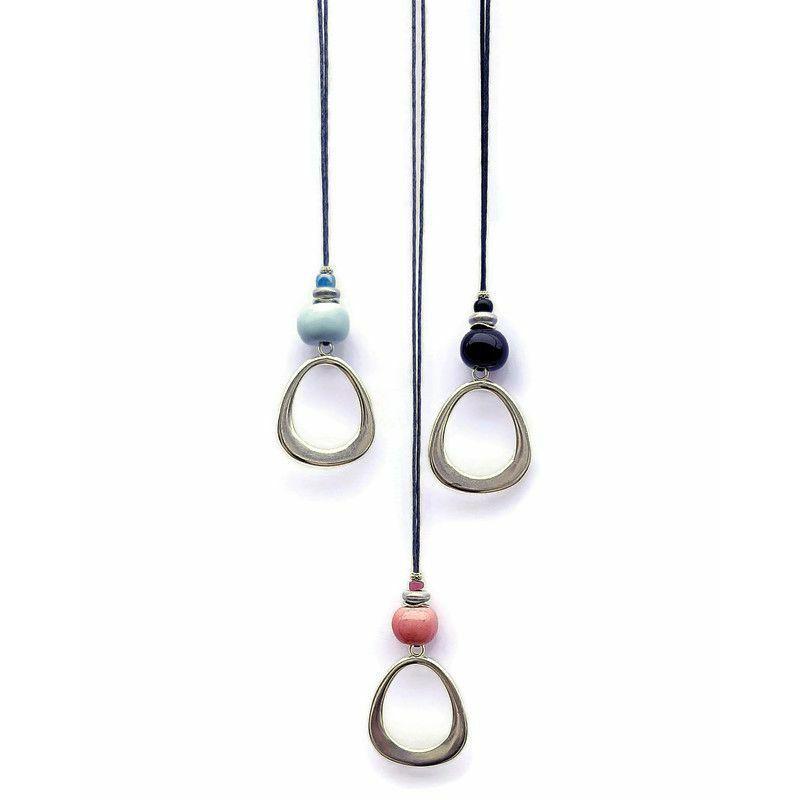 Letisztult és gyönyörű: kerámia nyakláncok az elegancia kedvelőinek