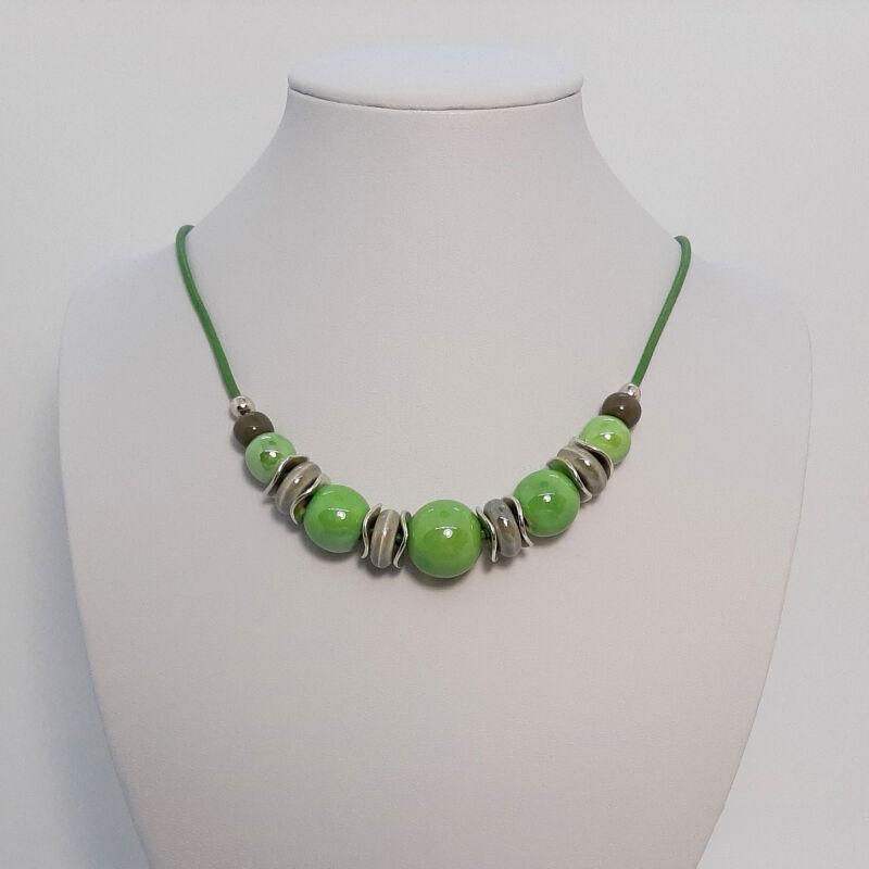 Rövid nyakláncok, amik kiemelik a szépséged: zöld