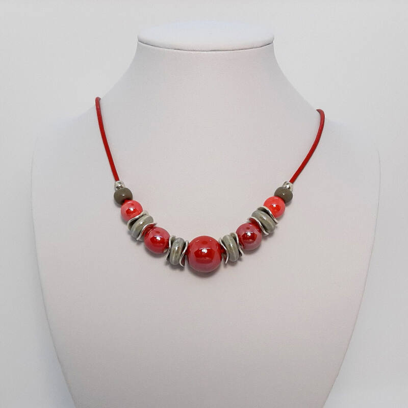 piros-keramia-rovid-nyaklanc