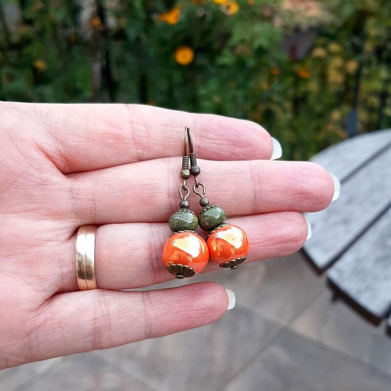 Narancs-zöld kerámia fülbevaló