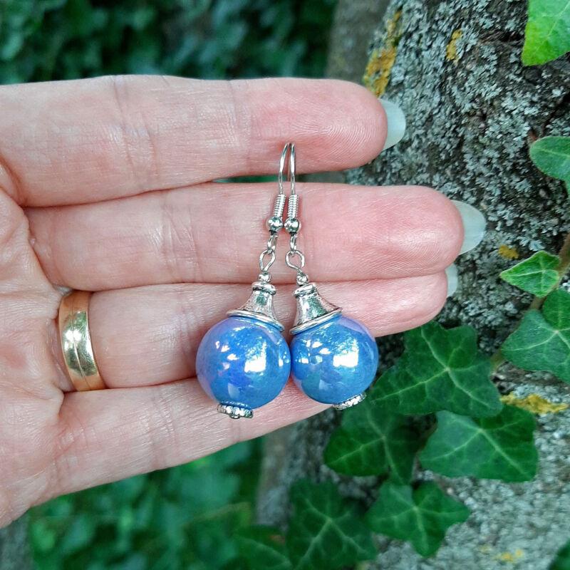 Kék gömb kerámia fülbevaló